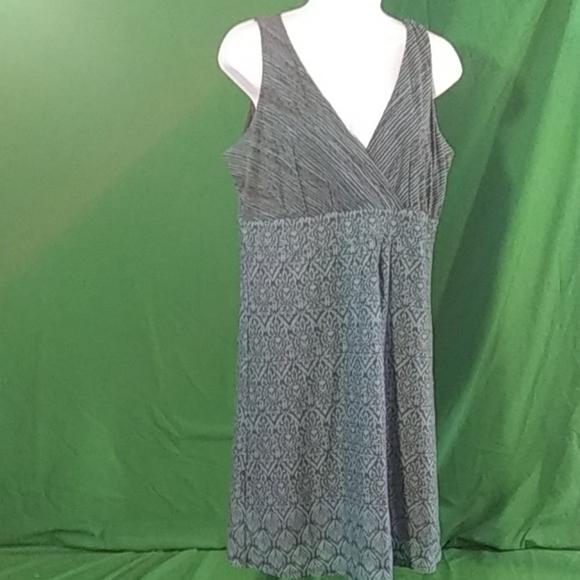 Athleta Dresses & Skirts - Athleta L blue/black sleeveless mini dress
